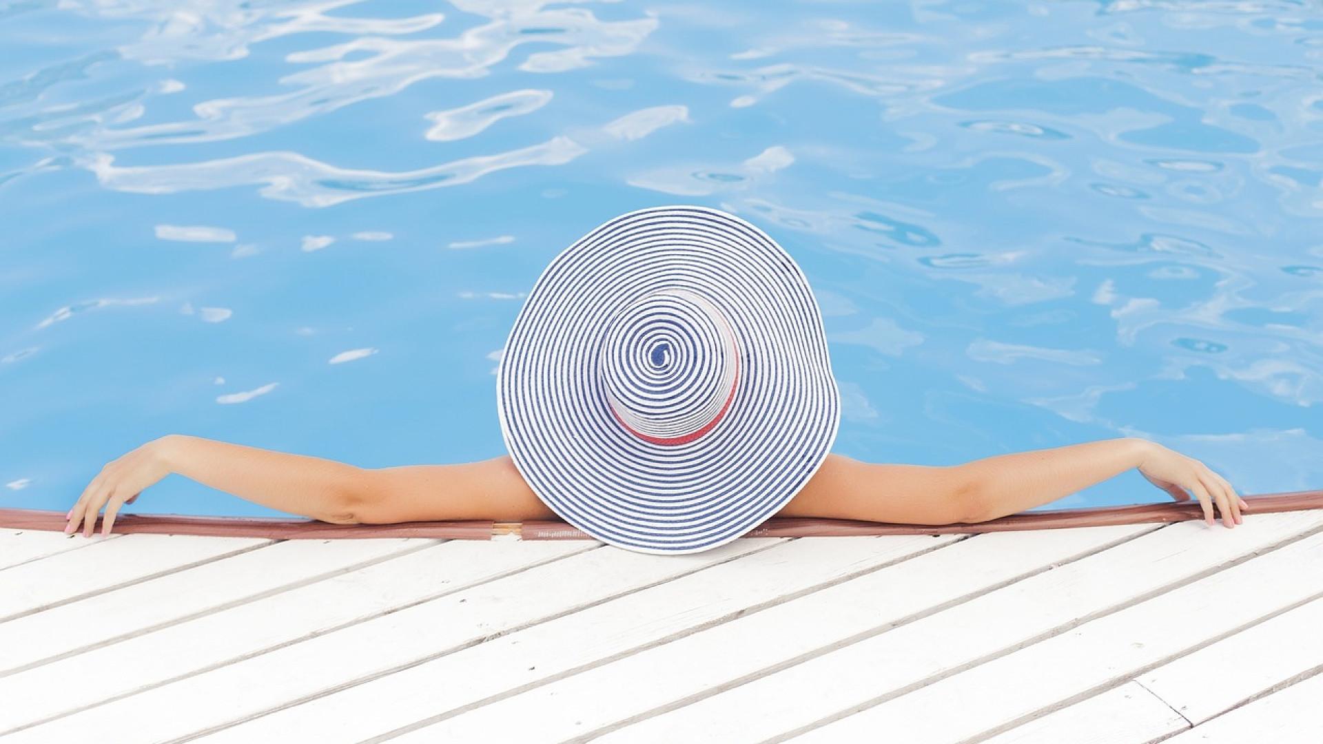 De doux moments à deux grâce à une piscine romantique !